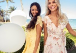 Narah dress Bubbleroom & Keira Ruffle Midi Dress Forever New - Shop kjoler
