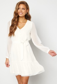 Hvide kjoler