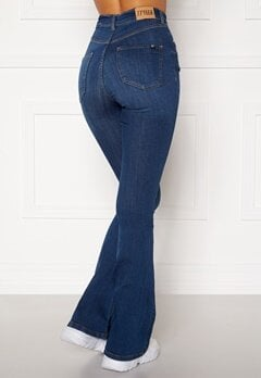 77thFLEA Tove high waist flared superstretch Medium blue Bubbleroom.dk