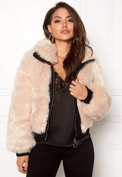 AMO Couture Amalfi Faux Fur Short Coat Soft Beige Bubbleroom.dk