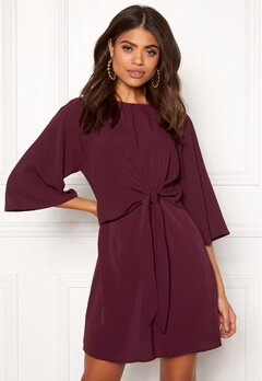 AX Paris Tie Waist Flared Dress Plum Bubbleroom.dk