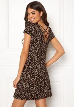 ONLY Bera Back Lace S/S Dress Black/Leo Print Bubbleroom.dk