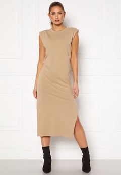 Bohemian Lounge Shoulder Pad Midaxi Dress Camel Bubbleroom.dk