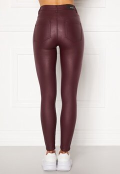 BUBBLEROOM Bianca coated jeans Red Bubbleroom.dk