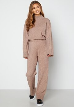 Bubbleroom Care Rinja Knitted Sweater Nougat / Melange bubbleroom.dk