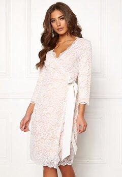 BUBBLEROOM  Carolina Gynning lace wrap dress White Bubbleroom.dk