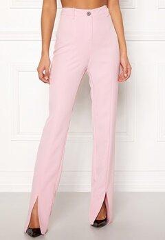 BUBBLEROOM Carolina Gynning Slitted trouser Light pink Bubbleroom.dk