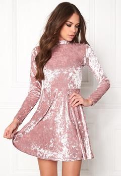 BUBBLEROOM Kenzie Velvet Dress Dusty pink Bubbleroom.dk