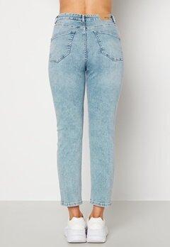 BUBBLEROOM Lana high waist jeans Light blue Bubbleroom.dk