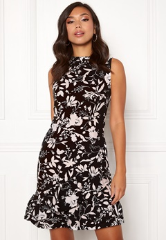 BUBBLEROOM Minelle dress Black / White / Patterned Bubbleroom.dk