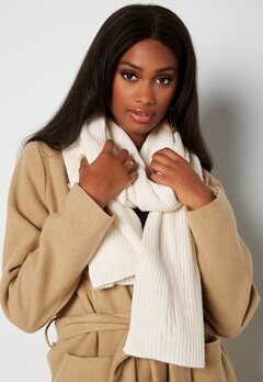 BUBBLEROOM Ofelia knitted scarf Winter white bubbleroom.dk