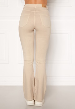 BUBBLEROOM Tove high waist flared superstretch Cream Bubbleroom.dk