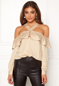 Moa Mattsson X Bubbleroom Buttoned off shoulder blouse  Bubbleroom.dk