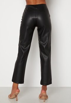 BUBBLEROOM Pailin cropped PU trousers Black bubbleroom.dk