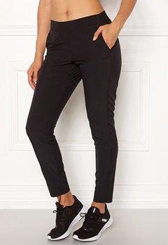 Casall Slim Woven Pants 901 Black Bubbleroom.dk