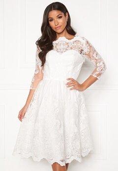 Chi Chi London Floral 3/4 Sleeve Dress White Bubbleroom.dk