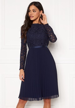 Chi Chi London Rene Lace Midi Dress Navy Bubbleroom.dk