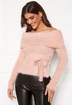 Chiara Forthi Beatricia furry offshoulder sweater Light pink Bubbleroom.dk