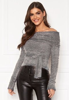 Chiara Forthi Beatricia furry offshoulder sweater Silver grey Bubbleroom.dk