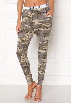 Chiara Forthi Cadenza camo pants Camouflage Bubbleroom.dk