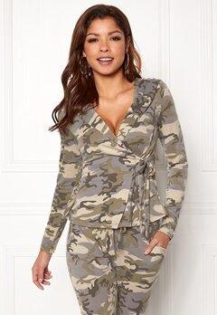 Chiara Forthi Cadenza camo wrap hoodie Camouflage Bubbleroom.dk