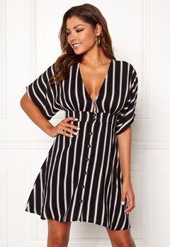 Chiara Forthi Cerullo buttoned dress Black / White / Patterned Bubbleroom.dk