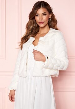 Chiara Forthi Diva short party faux fur Offwhite Bubbleroom.dk