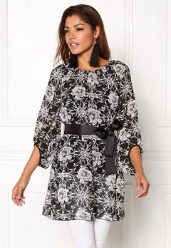 Chiara Forthi Floral Chiffon Dress Black / Floral Bubbleroom.dk