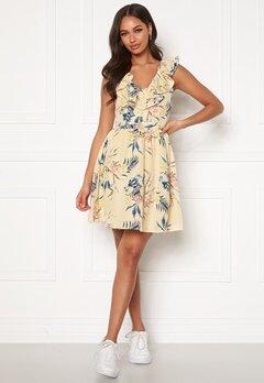 Chiara Forthi Pernille flounce dress Cream / Floral Bubbleroom.dk
