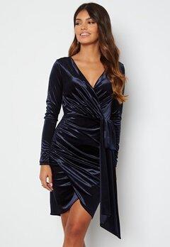 Chiara Forthi Snapshot Drape Dress Midnight blue bubbleroom.dk
