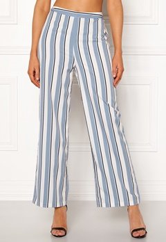 Chiara Forthi Suzette Straight Pants Striped / Offwhite / Blue Bubbleroom.dk