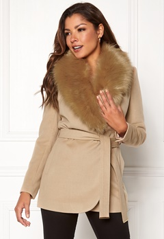 Chiara Forthi Verona Short Coat Camel Bubbleroom.dk