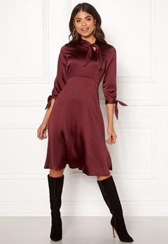 Closet London Tie Neck A-Line Dress Burgundy Bubbleroom.dk