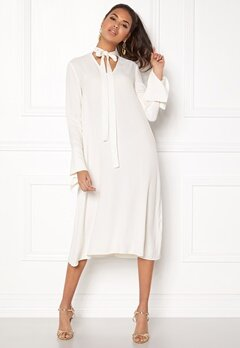 DAGMAR Valencia Dress Off White Bubbleroom.dk