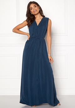 DAGMAR Wande Dress Midnight Blue Bubbleroom.dk