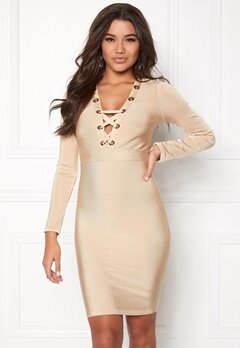 WOW COUTURE Eyelet Lace Bandage Dress Sand Bubbleroom.dk