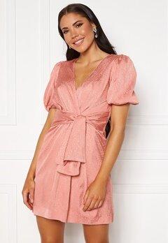 FOREVER NEW Ellie Jacquard Mini Dress Pastel Salmon Bubbleroom.dk