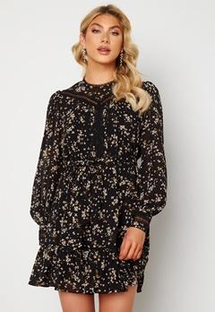 FOREVER NEW Sutton Lace Skater Dress Black Jasmine bubbleroom.dk