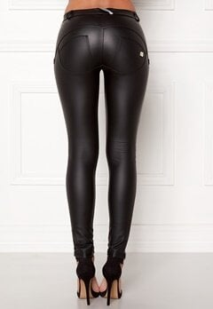 FREDDY WR.UP Shaping LW Legging Black Eco Leather Bubbleroom.dk