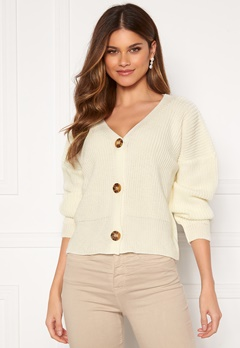 Girl In Mind Aria 3 Button Long Sleeve Knit Cardigan Creme Bubbleroom.dk