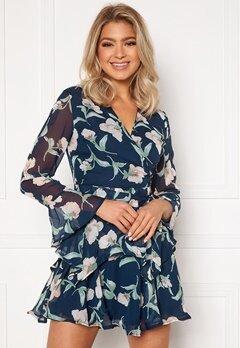 Girl In Mind Kim Bell Sleeve Chiffon Mini Dress Navy Floral Bubbleroom.dk