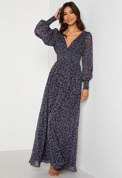 Goddiva Ditsy Long Sleeve Shirred Maxi Dress Navy bubbleroom.dk