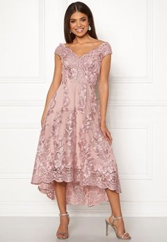 0d2d2ccd5aa9 Goddiva Embroidered Lace Dress Blush Bubbleroom.dk