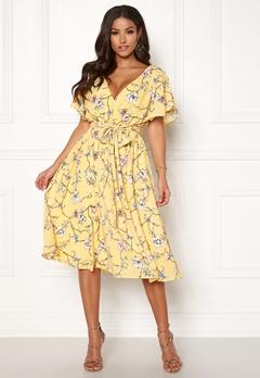 Goddiva Floral Flutter Midi Dress Lemon Bubbleroom.dk