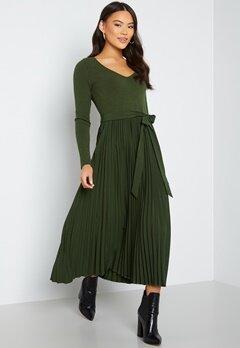 Guess ES LS Erynn Pleated Dress G8DQ Joshua Tree bubbleroom.dk