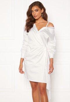 Guess Karyda Dress TWHT True White Bubbleroom.dk