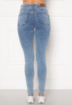 Happy Holly Amy push up jeans Light denim Bubbleroom.dk