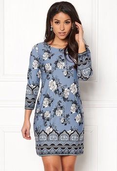 Happy Holly Blenda dress Medium blue / Patterned Bubbleroom.dk