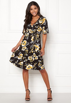 Happy Holly Diana dress Floral Bubbleroom.dk