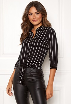 Happy Holly Juliette ss knot shirt Black / Striped Bubbleroom.dk